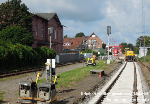 AKN Bf Barmstedt neues Gleis-2 06-Aug-2016 3